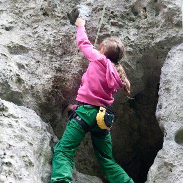 Wakacje sekcji Skarpowych w skałkach – galerie zdjęć